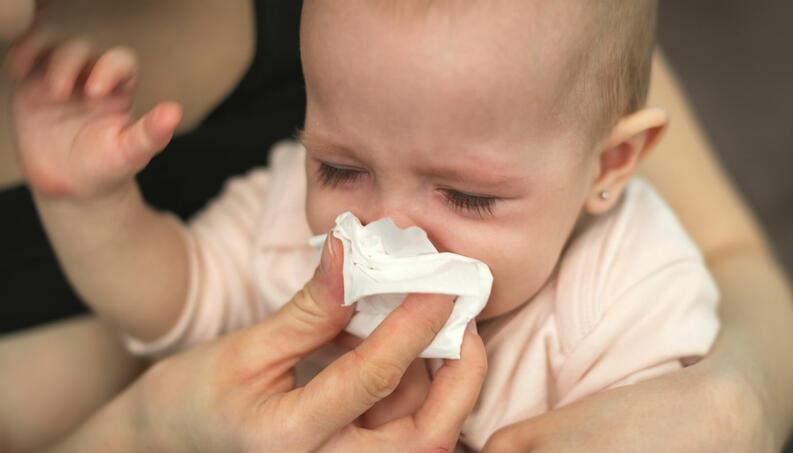 peligros de los resfriados en bebés